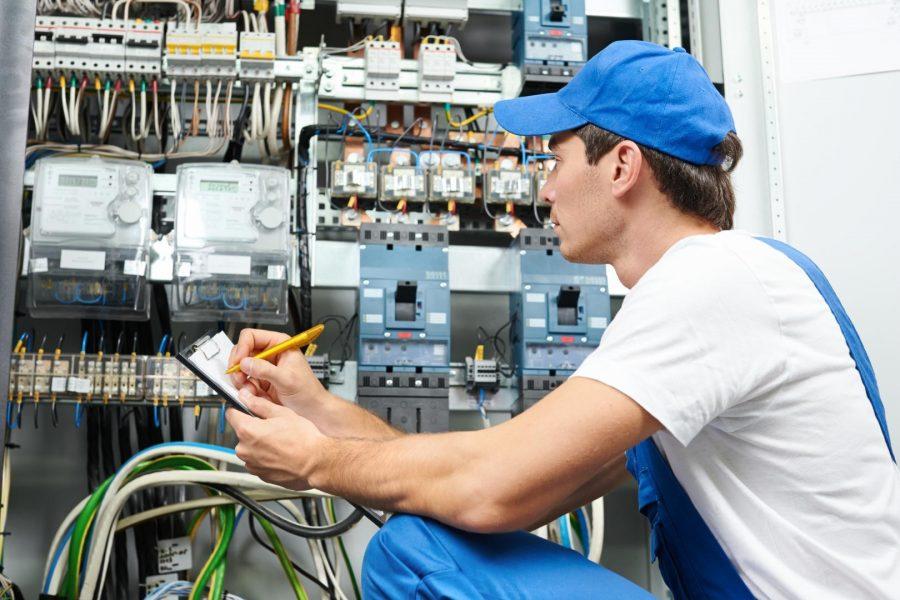 trouver-un-bon-electricien